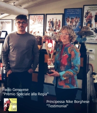 La Principessa Borghese consegna il Premio Vincenzo Crocitti a Paolo Genovese